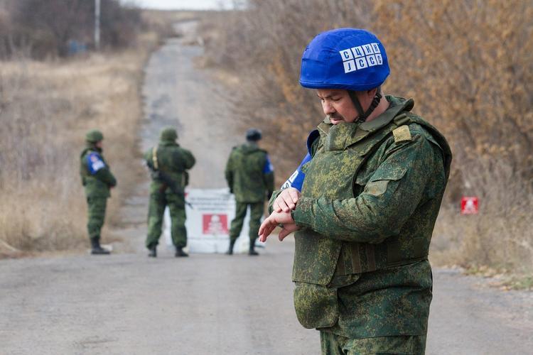 Назван ответ ДНР и ЛНР в случае ввода в зону разведения в Донбассе полиции Украины