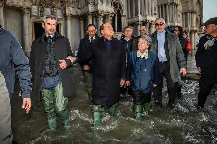 Власти Венеции сообщили, что ущерб от наводнения достиг миллиарда евро