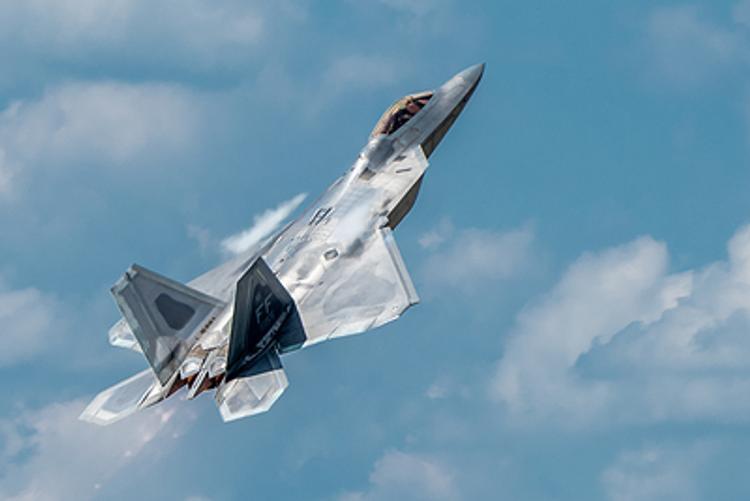 """Израильские истребители F-35   """"отрепетировали""""  уход от российской ЗРС С-400"""