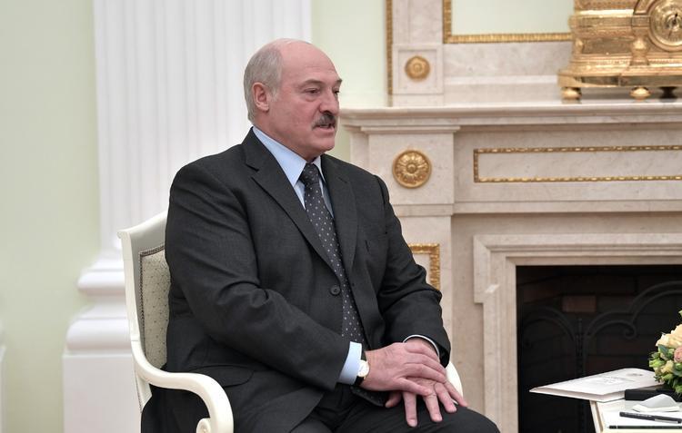 """Лукашенко назвал причину """"напряженки""""  в отношениях с Россией"""