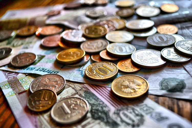 Финансовый эксперт оценил сообщение  об успехе РФ в отказе от доллара