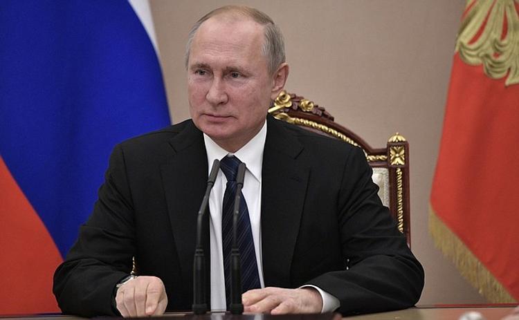 Путин поддержал проект моста  через реку  Лену в Якутске