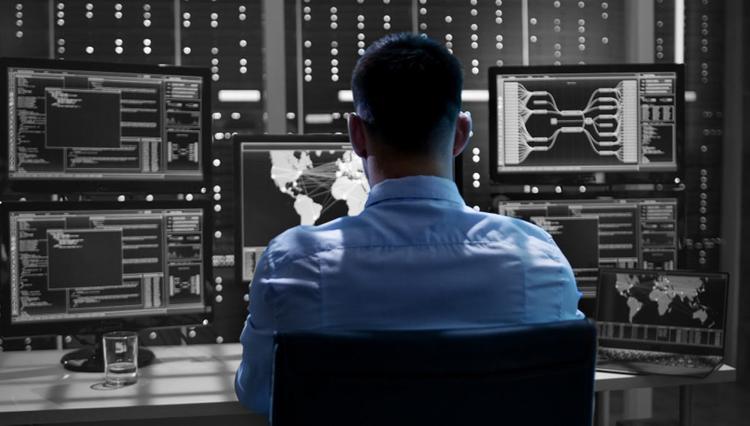 Посольство РФ опровергло заявления чешской разведки о шпионской сети
