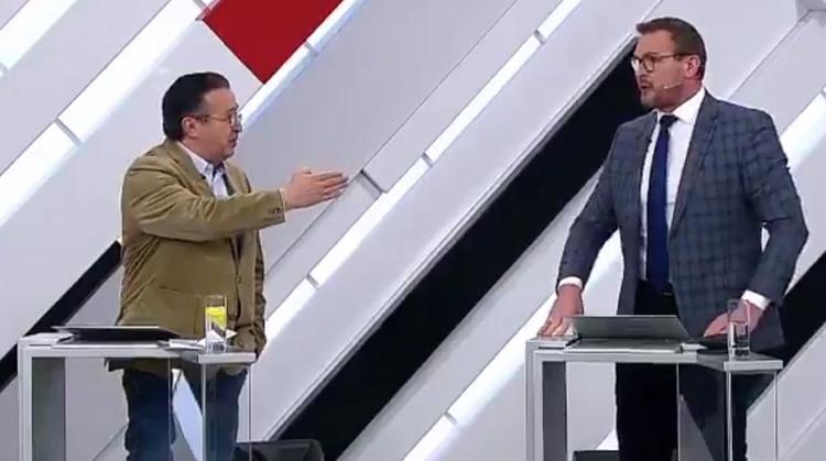 """""""Нокаут"""": украинский эксперт напал на американца в эфире телеканала """"Россия 1"""""""
