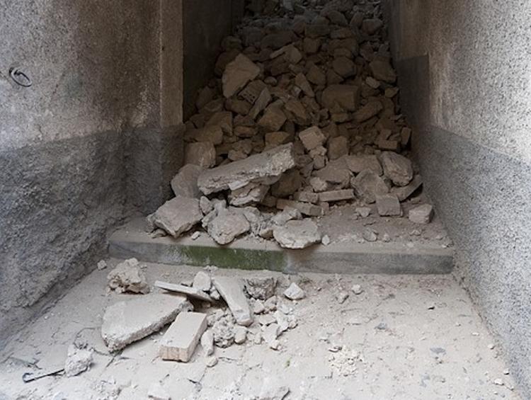 Неподалеку от столицы Албании произошло новое землетрясение