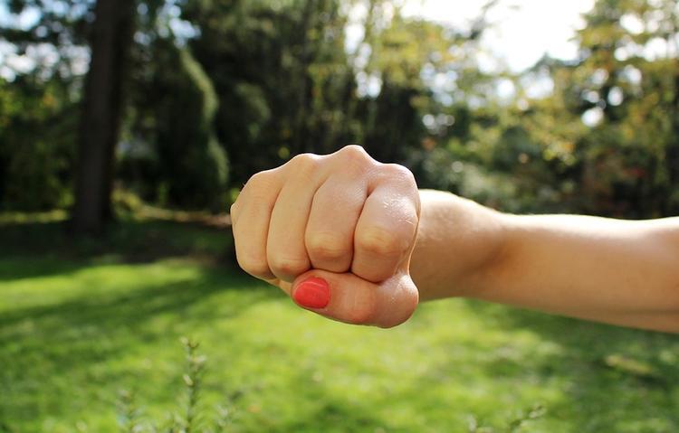 Источник: умершая в отделе полиции в Оренбурге девушка была профессиональной боксершей