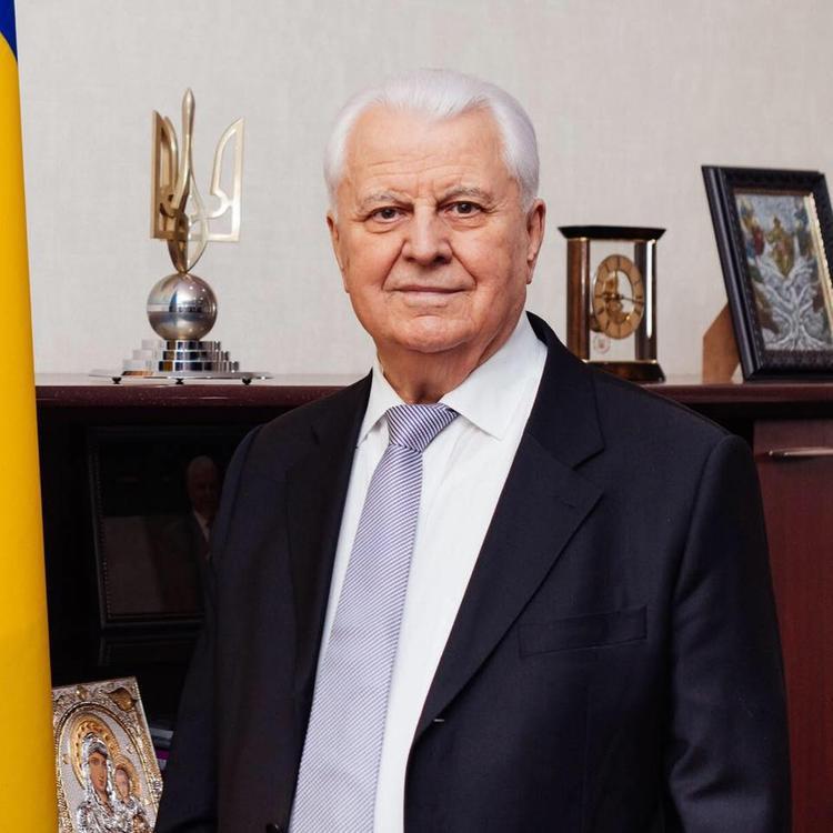 """""""Я бы посоветовал защищать Украину"""", - Кравчук дал совет Зеленскому перед встречей в """"нормандском формате"""""""