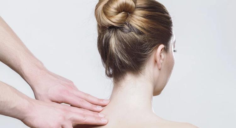 Невролог рассказал, как сохранить здоровье спины