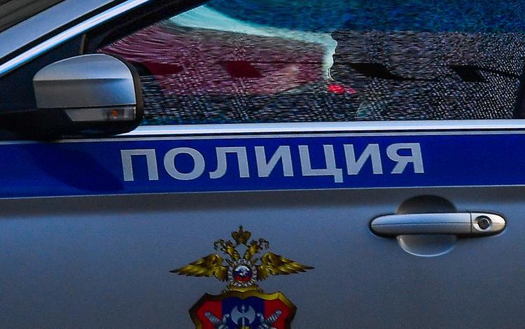 Грузовик столкнулся с трамваем на юге Москвы