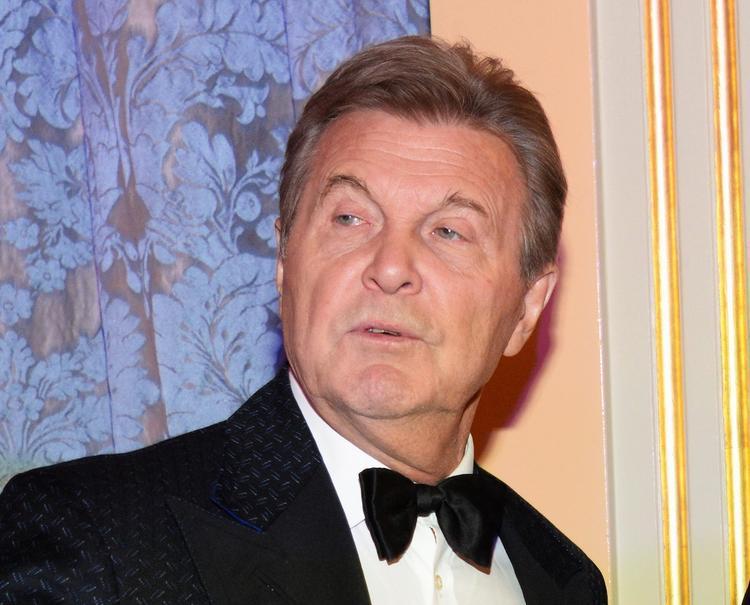 Лещенко высказался о конфузе Бузовой, которая исковеркала его фамилию