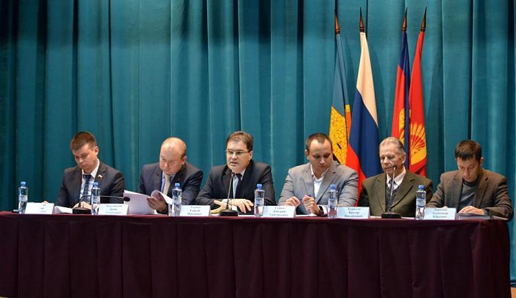 Вопросы кадастровой оценки обсудили в Староминской по инициативе ЗСК