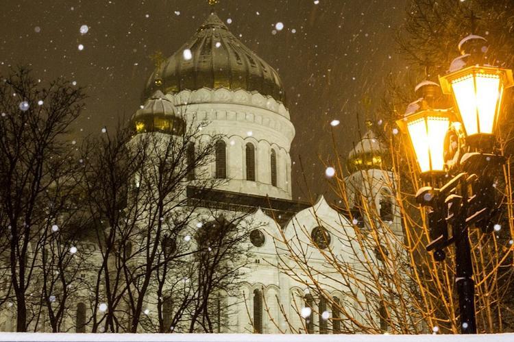 Сегодня москвичам пообещали снег