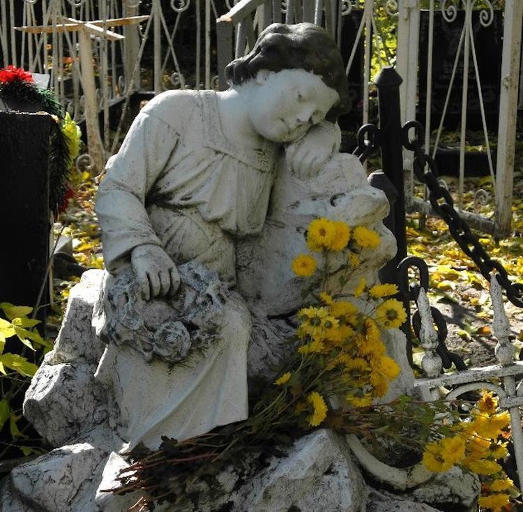 В Новочеркасске официально запретили захоронения на «кладбище-призраке»