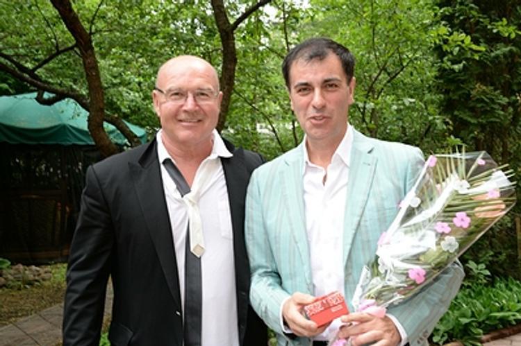 Композитор Виктор Чайка рассказал о женитьбе на дочери «колбасного короля»  - вегетарианке