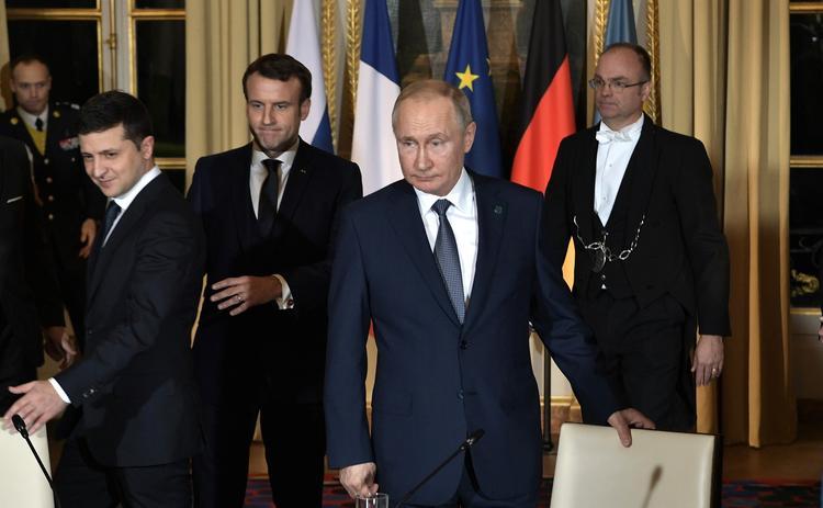 В Кремле раскрыли  подробности переговоров Путина и Зеленского