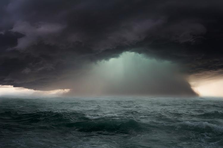 Норвежское море: корабли Северного флота попали в шторм