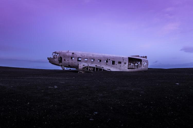 Пропавший с радаров чилийский военный самолет разбился