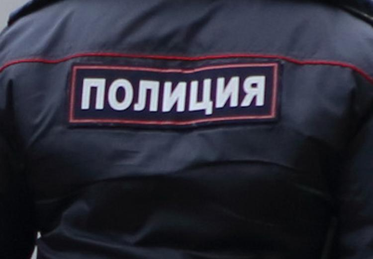 Двухлетний ребенок, находившийся 5 дней в квартире с мертвой матерью в Удмуртии, спасен