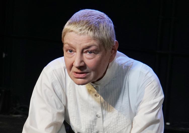 В возрасте 60 лет скончалась заслуженная артистка России Екатерина Дурова