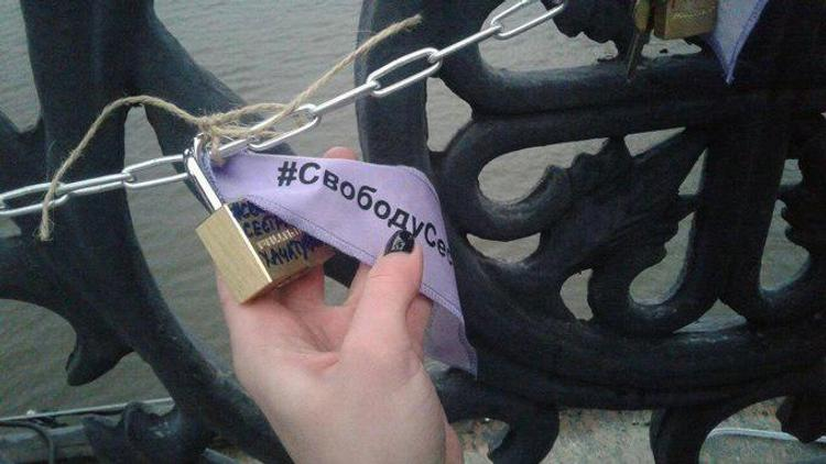 В Москве, Петербурге и других городах проходят акции