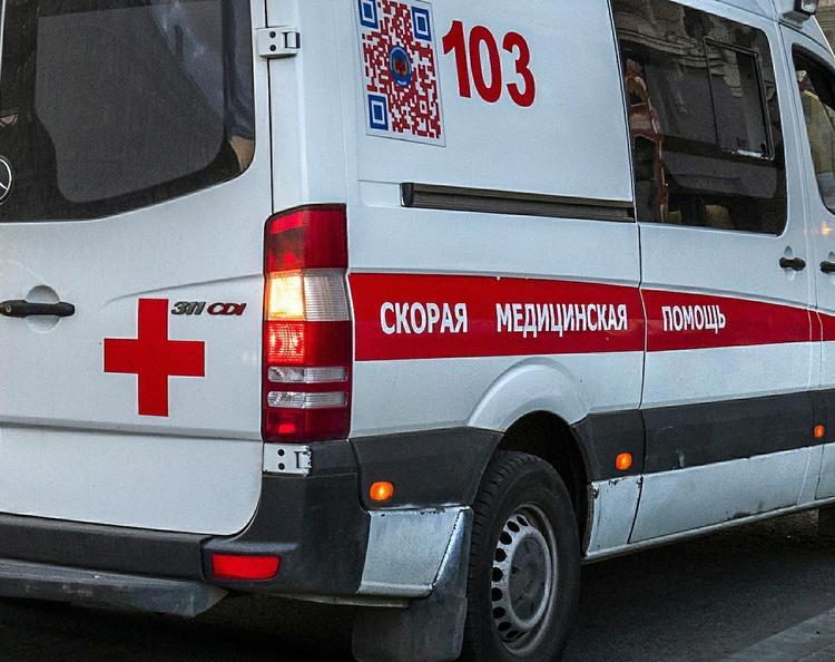 В ходе вечеринки в центре Москвы из окна выпала девушка