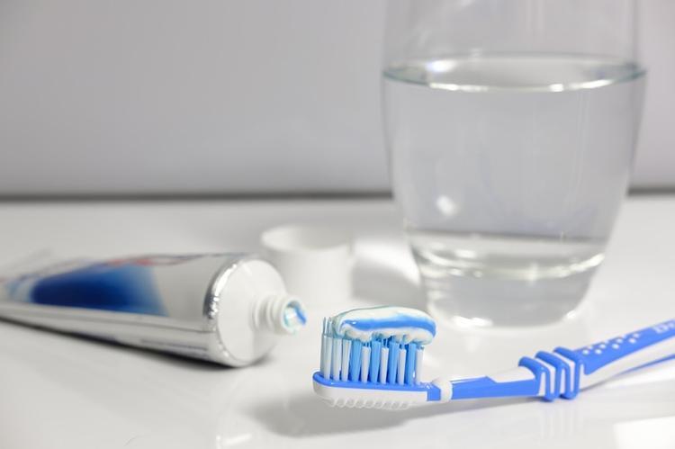 Стоматолог назвала ключевые ошибки при чистке зубов