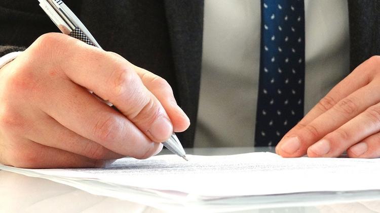 Представители России и Украины подписывают в Вене документы по транзиту газа