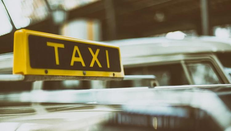 В Татарстане таксист изнасиловал пассажирку с ВИЧ