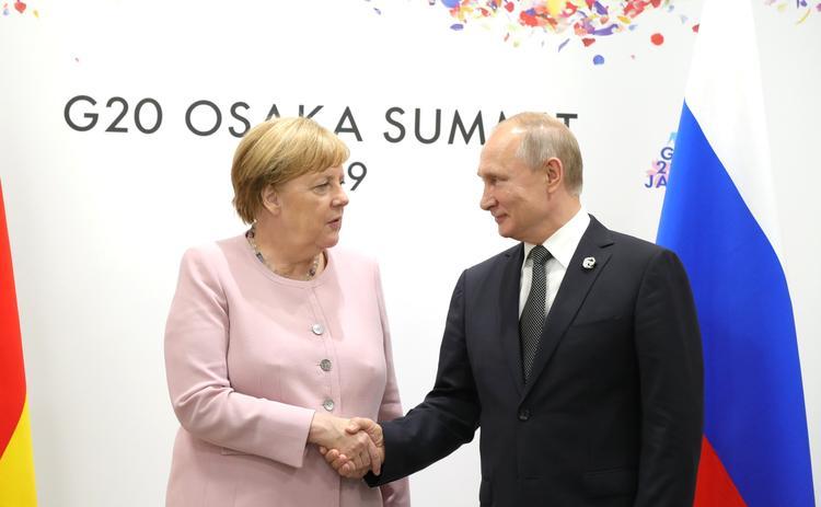 В Берлине назвали главную цель визита Меркель в Москву