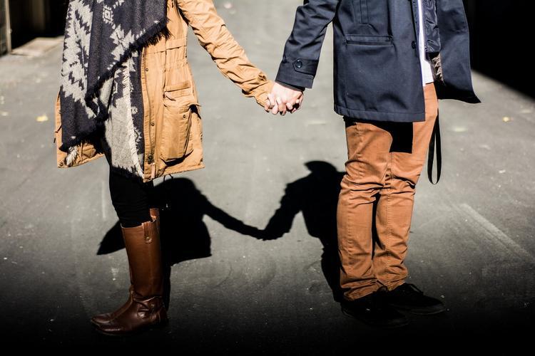 Ученые назвали различия между мужчиной и женщиной в отношении