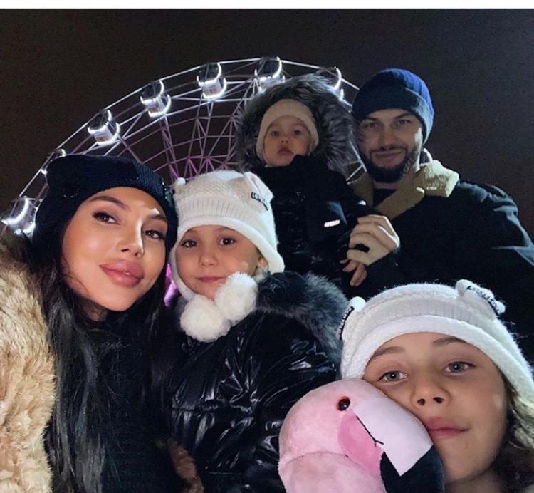 Жена рэпера Джигана поделилась своими опасениями по поводу четвертых родов