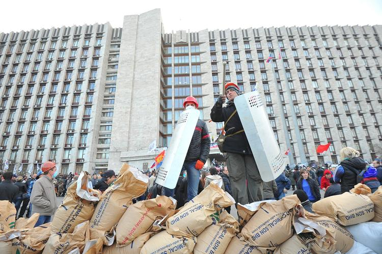 На Украине предсказали полную потерю Донбасса из-за нежелания Киева следовать «Минску»