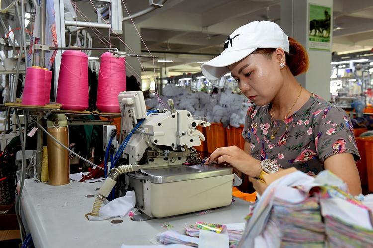 Искусственный интеллект отберет в 2020 году работу у восьми миллионов китайцев