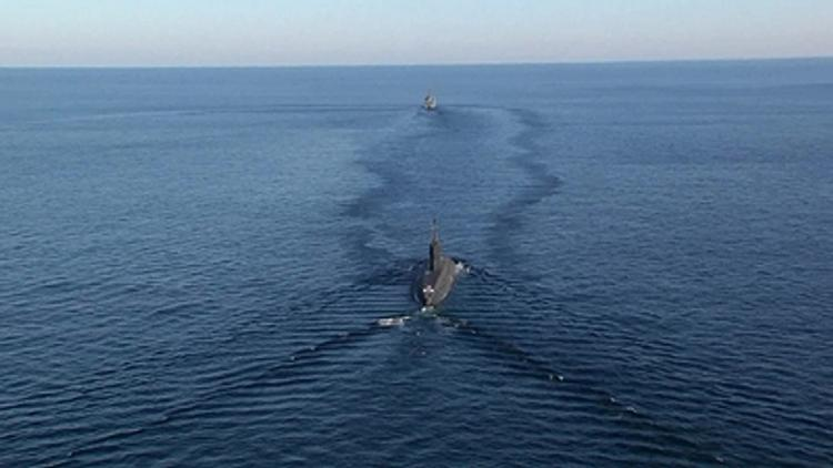 Видео опасного сближения российского корабля с американским эсминцем