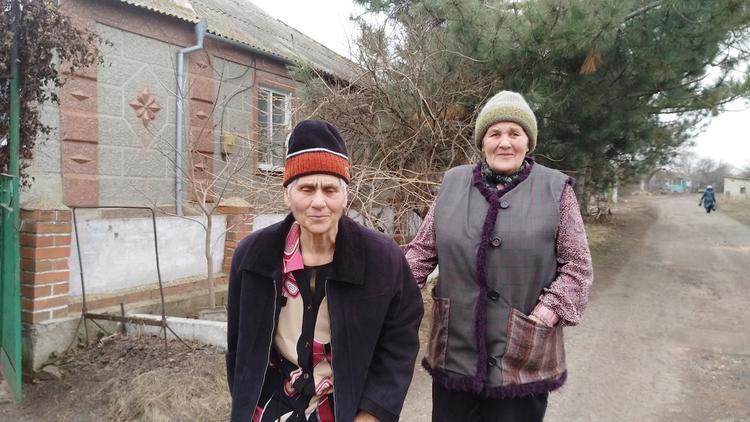 Всю жизнь в тракторной кабине: пенсионерки из ДНР не представляют себя без трактора