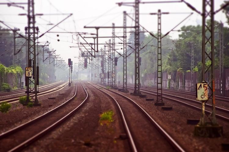 СК: полуголая жительница Воронежа выбросила младенца из купе поезда