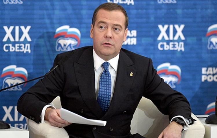 Медведев останется на посту председателя «Единой России»