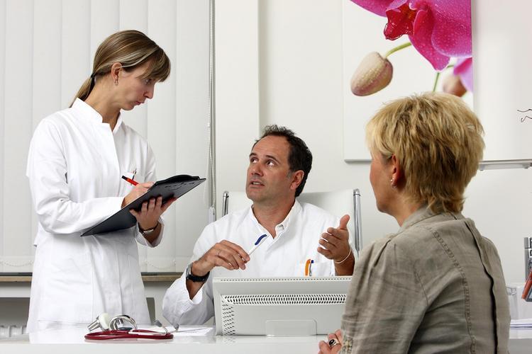 Три главных симптома развития раковой опухоли в организме озвучил немецкий медик