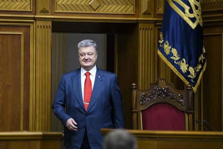 Порошенко внезапно посетил Госбюро расследований Украины