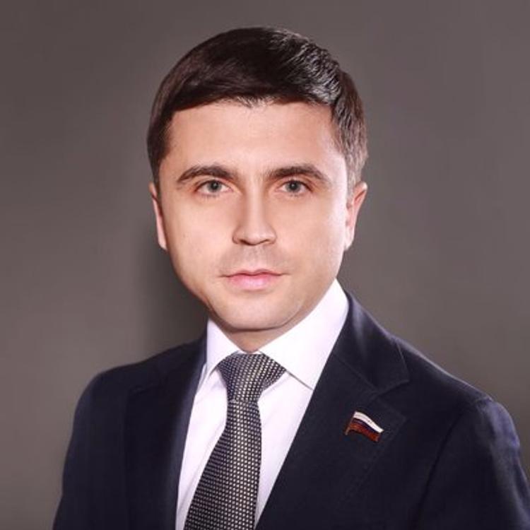 Руслан Бальбек прокомментировал  заявление  Зеленского о возможности завершить конфликт в Донбассе