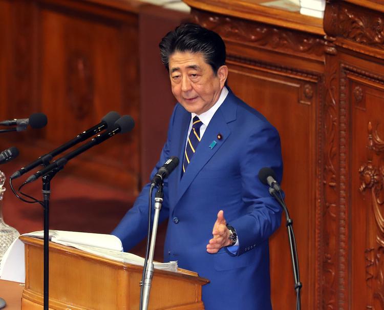 Абэ: Япония находится в состоянии повышенной готовности из-за нового вируса