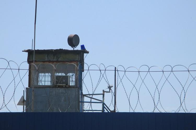 Двух ростовских полицейских, выбивавших признания, отправили за решетку