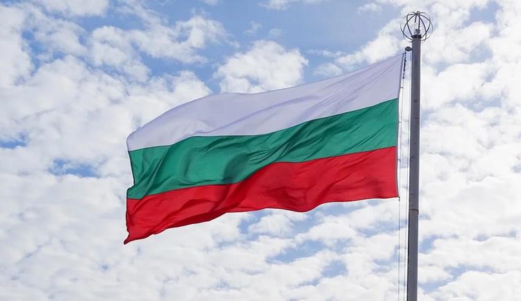 В Болгарии двух российских дипломатов объявили персонами нон грата