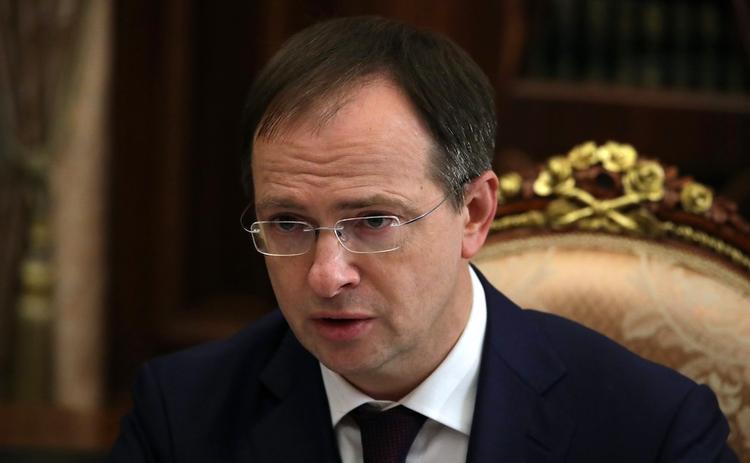 Путин назначил помощниками президента Мединского и Орешкина