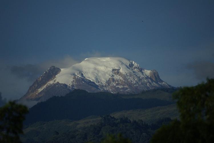 В горах Армении нашли российских туристов, которые просили о помощи
