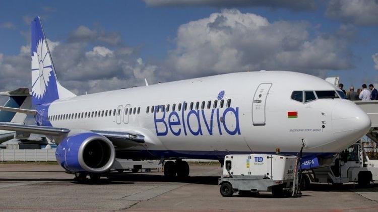 Самолет, летевший из Минска в Мюнхен, развернули и сняли с его борта шесть человек