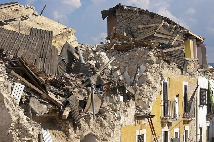 После землетрясения на востоке Турции зарегистрировано около 230 повторных толчков