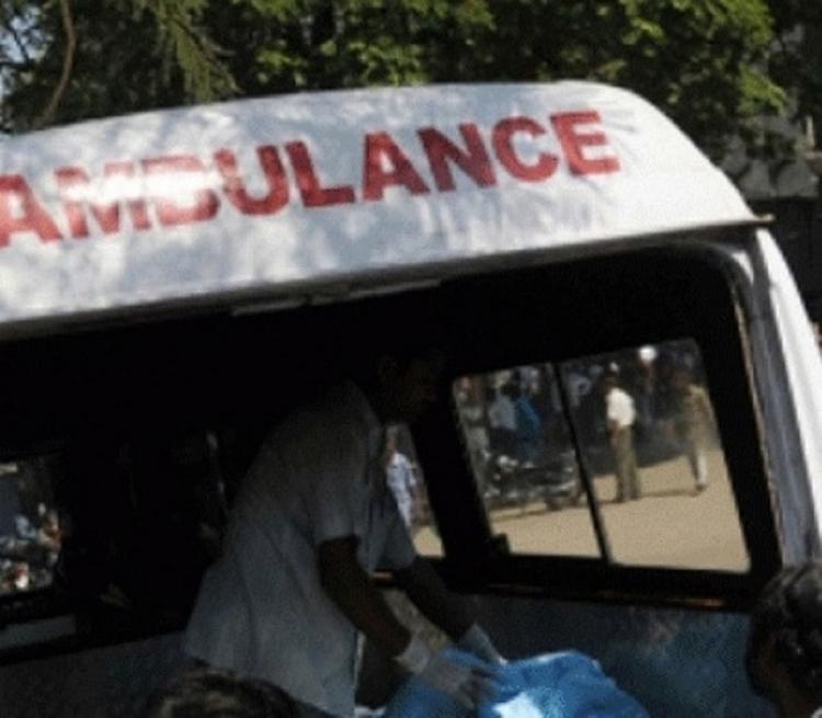 День независимости в Индии ознаменовался четырьмя взрывами