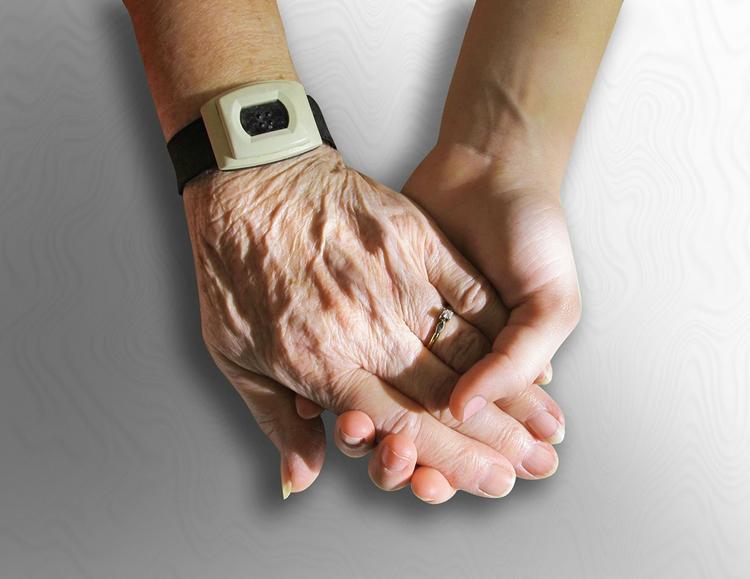 Названы 5 привычек, мешающих долголетию