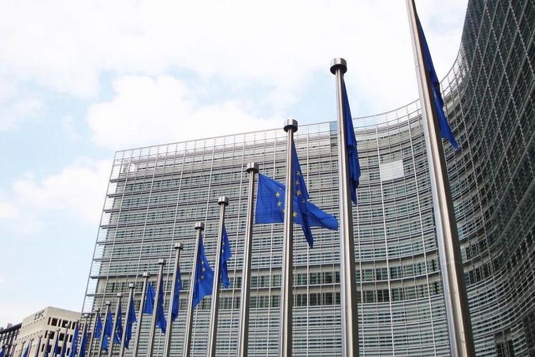 Семеро россиян попали в черный список Евросоюза по Украине